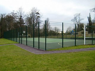 Plas Coch Holiday Park: Ballcourt Fencing